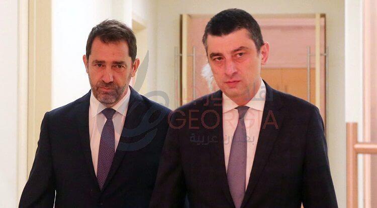 وزير الداخلية الجورجي جيورجي جاخاريا ونظيره الفرنسي كريستوف كاستنر